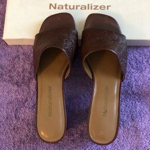 Naturalizer Brown Sandals